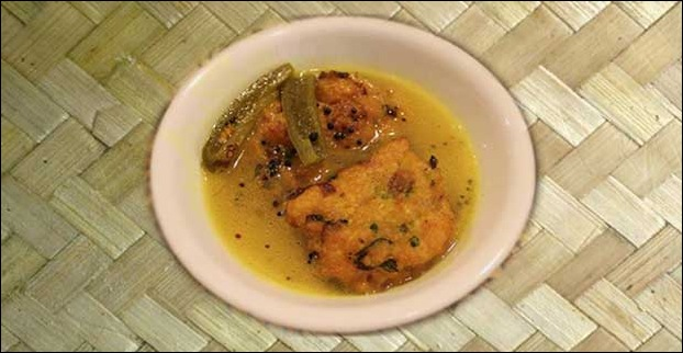 Lemon Tenga is a popular cuisine from Assam made of fish.