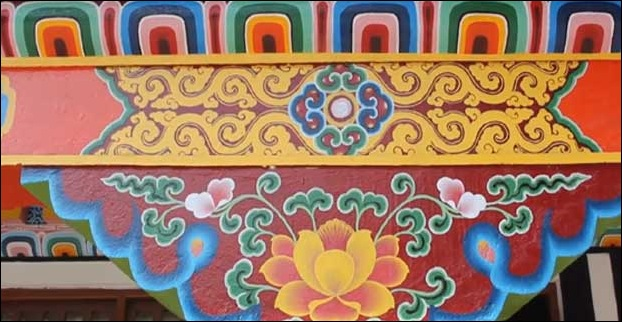 Intricate hand paintings on the walls of Ranka monastry of Gangtok