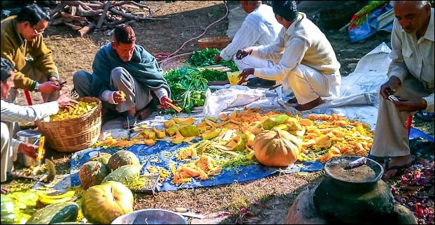 Dham feast preparations in Hiamchal