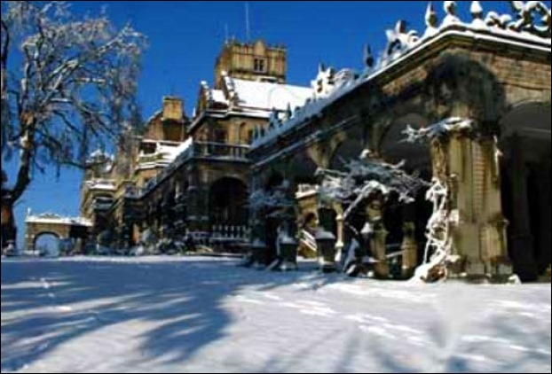 Viceregal Lodge in Shimla after snowfall